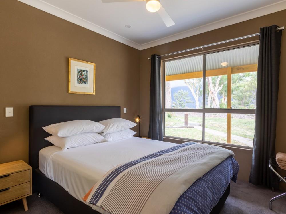 Wombats Cottage Bedroom