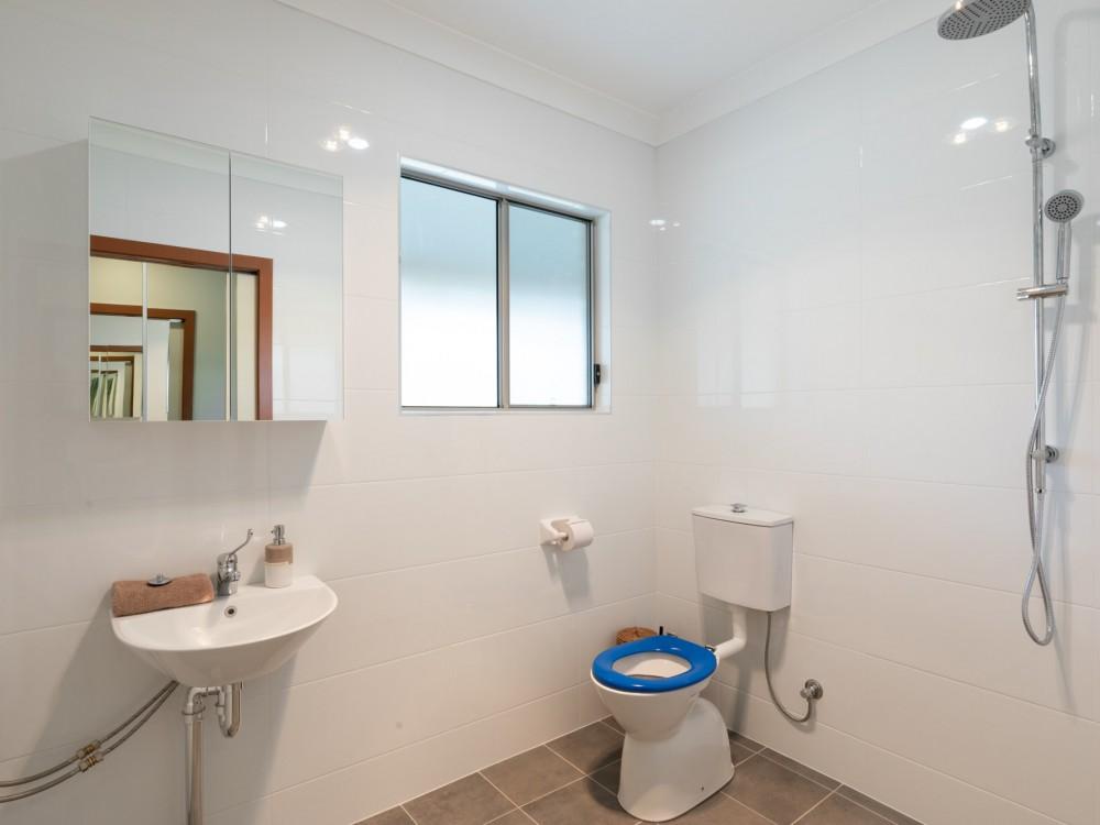 Wombats Cottage Bathroom
