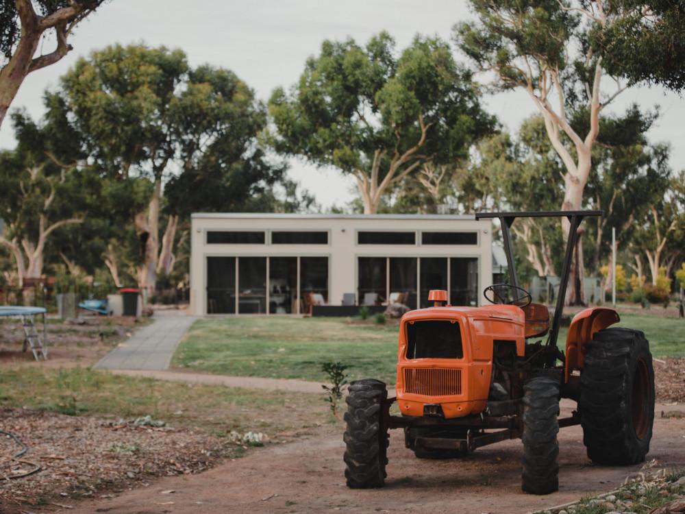 Roo Bar & Tractor